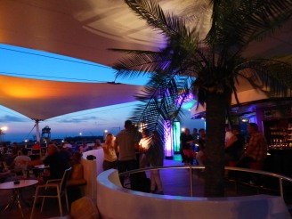 aida_aura-anytime_bar-abend-2