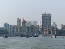 mumbai-gateway_of_india-skyline