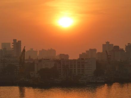 mumbai-skyline-sonnenuntergang-1