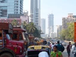 mumbai-strasse-verkehr-2