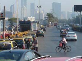 mumbai-strasse-verkehr