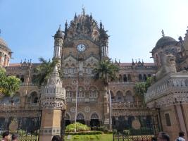 mumbai-viktoria_station-1