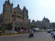 mumbai-viktoria_station-2