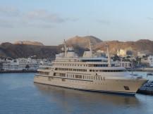 Oman-Muscat-Hafen-Jacht_Sultan-1