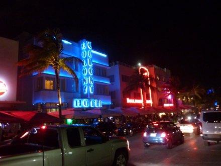 Miami-OceanDrive-1