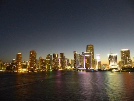 Miami-Skyline-Nacht-2