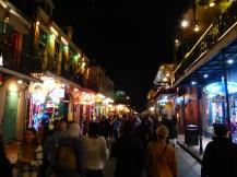 New_Orleans-Bourbon_Street-Nacht-2
