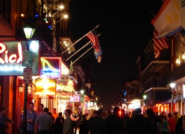 New_Orleans-Bourbon_Street-Nacht-9