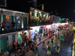 New_Orleans-Bourbon_Street-Parade-2