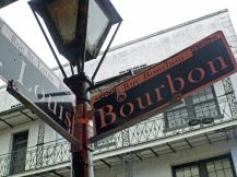 New_Orleans-French_Quarter_Bourbon_Street-4