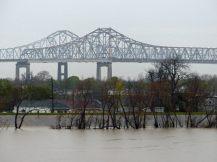 New_Orleans-Mississippi-Brücke-12