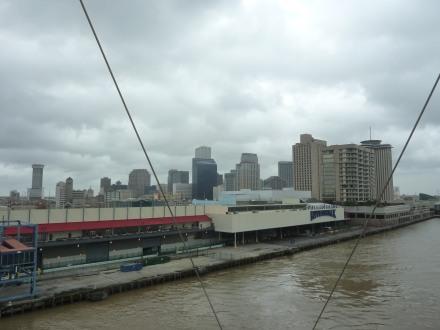 New_Orleans-Skyline-Riverwalk-1