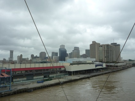 New_Orleans-Skyline-Riverwalk-1
