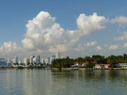 Miami-Skyline-Fisher_Island-1
