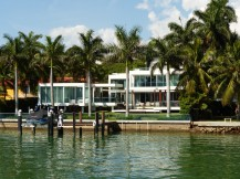 Miami-Skyline-Fisher_Island-3