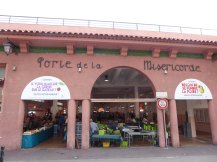 Cannes-Marche_ Forville-1