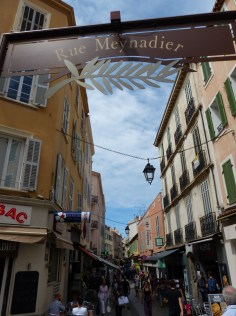 Cannes-Rue_Meynadier-1