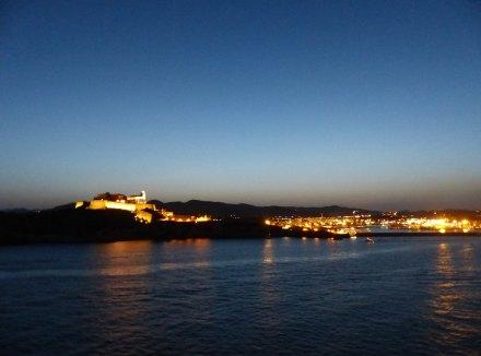 Ibiza-Altstadt-Abenddämmerung-3