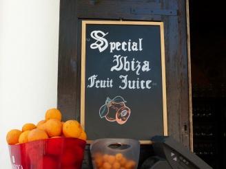 Ibiza-Altstadt-Dalt_Vila-Orangensaft-2