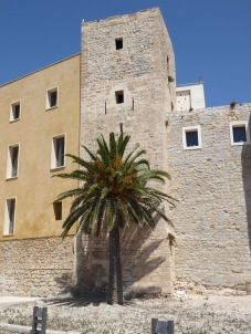 Ibiza-Altstadt-Dalt_Vila-Stadtmauer-7