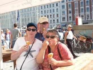 kopenhagen-nyhavn-danisches_eis-2