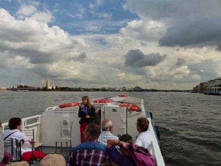 St_Petersburg-Bootsfahrt-Newa