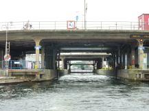 stockholm-bootfahrt-brucke-1
