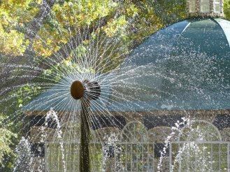 st_petersburg-peterhof-park-fontaene-4