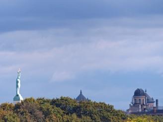 riga-skyline-freiheitsdenkmal