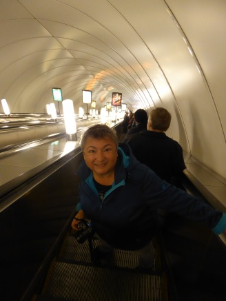 st_petersburg-metro-rolltreppe-2