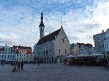 tallinn-altstadt-rathaus-marktplatz-2