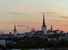 tallinn-skyline-domberg-daemmerung-1