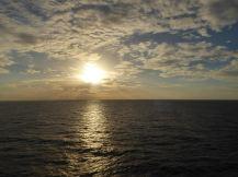 sonnenuntergang-meer-wolken