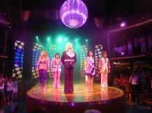 AIDAluna-Theatrium-Abba_Show-2