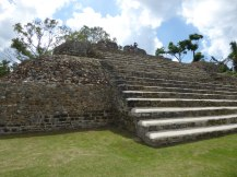 belize-maya-altun_ha-tempel-2