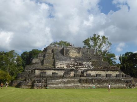 belize-maya-altun_ha-tempel-3