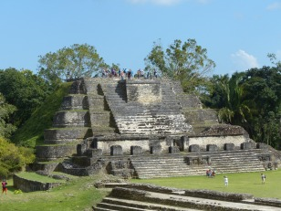 belize-maya-altun_ha-tempel-6