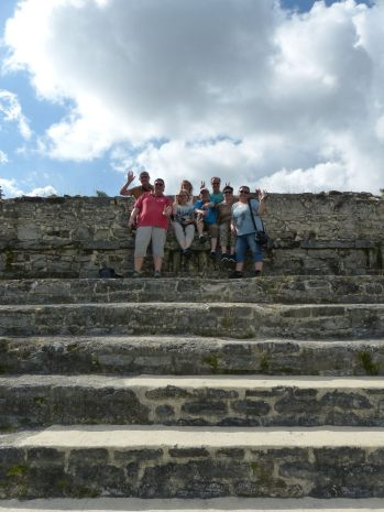belize-maya-altun_ha-tempel-klettern-wir-2