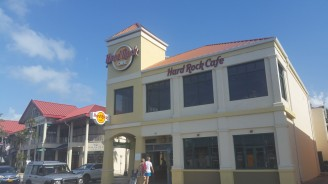 Grand_Cayman-Georgetown-Hardrock_Cafe-4