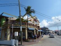 Grand_Cayman-Georgetown-Hauptstrasse-1