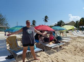 grand_cayman-seven_mile_beach-sonnenliegen