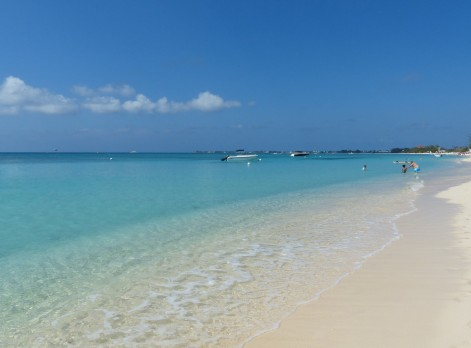 Grand_Cayman-Seven_Mile_Beach-Strand-Meer-4