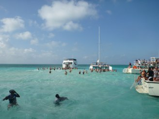 grand_cayman-stingray_city-sandbank-2