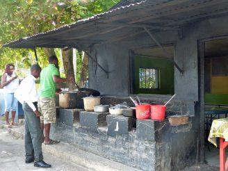 Jamaika-Landestypisches_Mittagessen-6