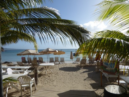 Karibik-St_Kitts-Cockleshell_Bay-Reggae_Beach-7