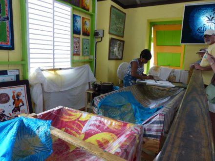 Karibik-St_Kitts-Romney_Manor-Botanischer_Garten-Batik_Shop-1