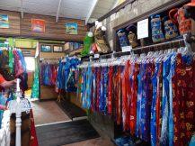 Karibik-St_Kitts-Romney_Manor-Botanischer_Garten-Batik_Shop-3