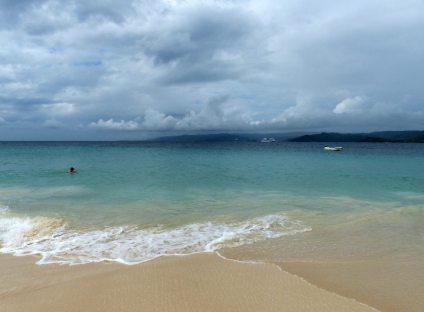 Samana-Cayo_Levantado-Bacardi_Insel-Strand-Meer-1