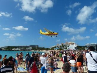 St_Maarten-Maho_Beach-Flugzeug-Landung-5