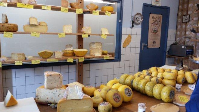 Texel-Den_Burg-Kaeserei_Wezenspyk-Kaese-3